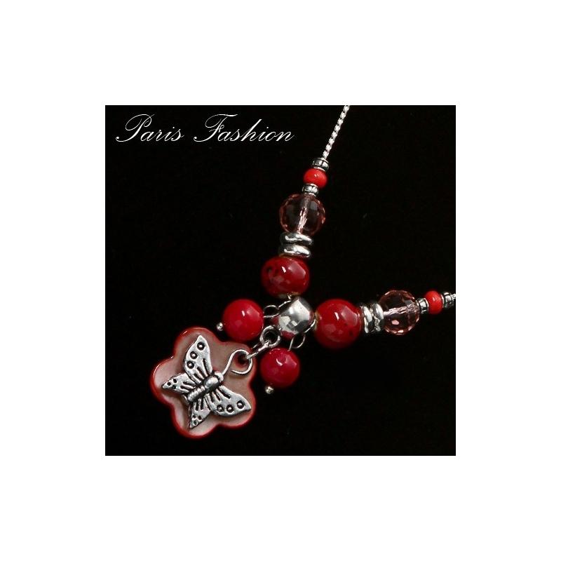 collier en nacre rouge et perle de verre. Black Bedroom Furniture Sets. Home Design Ideas